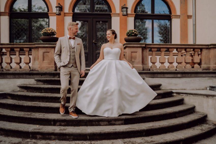 Euer Hochzeitsfotograf aus Swisttal, Burg Kriegshoven in Swisttal, Paarshooting in Swisttal, Hochzeitsfotografie in Swisttal, Foto Kleer aus Übach-Palenberg, Hochzeitsfotos in Swisttal, Brautpaarshooting in Swisttal