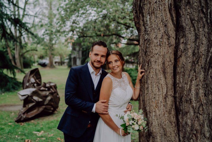 Euer Hochzeitsfotograf aus Viersen, Kreishaus in Viersen, Paarshooting in Viersen, Hochzeitsfotografie in Viersen Foto Kleer aus Übach-Palenberg, Hochzeitsfotos in Viersen, Brautpaarshooting in Viersen